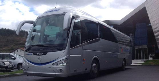 Autocares Siguero incorpora a su flota un nuevo autocar con chasis OC 500 RF 1842 RF de Mercedes-Benz