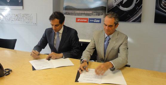 Opel y CEPSA firman un acuerdo para potenciar el uso de autogás como combustible de automoción