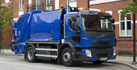Volvo lanza una nueva versión del camión Volvo FE que funciona completamente con gas metano