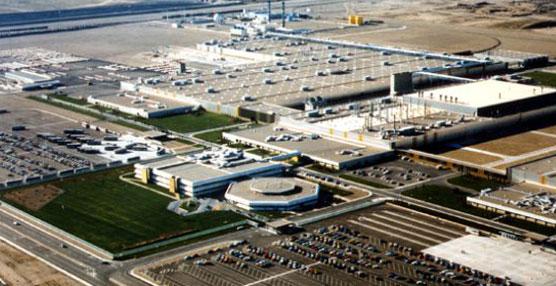El Rey Felipe VI visitará la planta de GM España con motivo del comienzo de la producción del Opel Mokka
