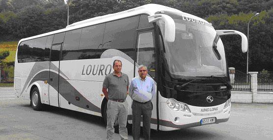 King Long entrega a la empresa gallega Autocares Louro un autocar XMQ6996Y