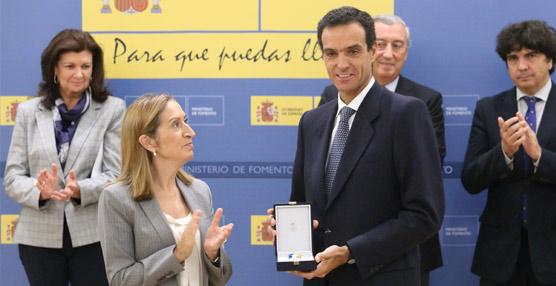 Rafael Barbadillo, distinguido por la ministra de Fomento con la Medalla al Mérito del Transporte Terrestre