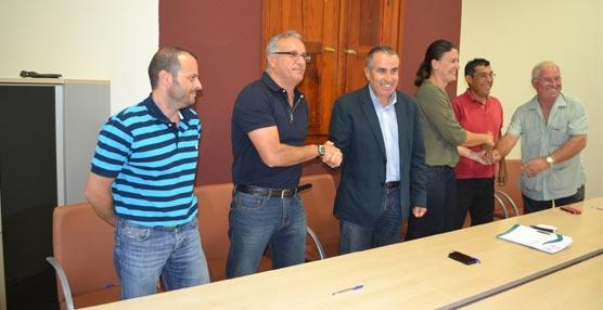 El Cabildo de Fuerteventura destina 80.000 euros a apoyar a las cooperativas de transportistas de taxi de la Isla