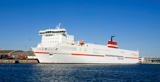 Trasmediterranea aumenta un 21% la carga transportada en Canarias durante los primeros 10 meses del año