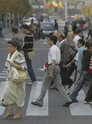 La DGT niega que haya contemplado sancionar a peatones por excesos de velocidad