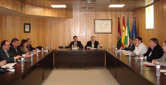 La Junta Directiva de Asintra presenta su Plan de Acción para 2015 que hará llegar a los grupos políticos en los próximos días