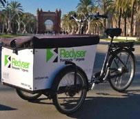 Redyser aumenta su flota de bicicletas con la distribución de paquetes en el centro de Barcelona