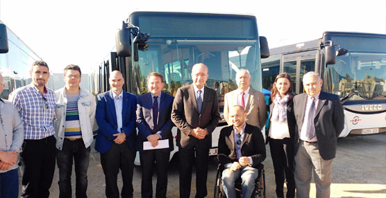 La EMT de Málaga presenta el proyecto de sus nuevas instalaciones junto a 30 nuevos autobuses