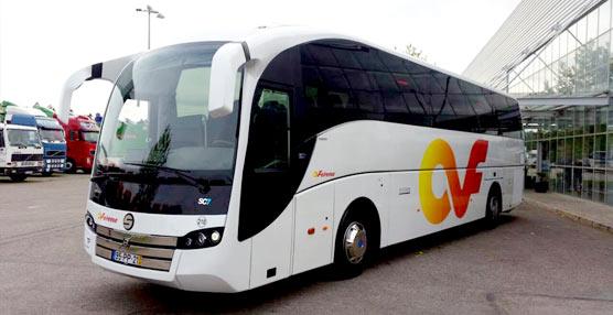 Sunsundegui hace entrega de dos unidades SC7 a Feirense, una a Autocares Hnos. Pérez Salinas y otra a Autocares Pareja