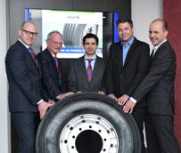 Schmitz Cargobull, Hankook y PNEUNET trabajan para una óptima gestión del ciclo de vida de los neumáticos