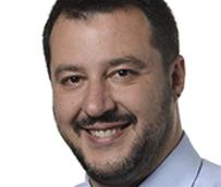 Matteo Salvini denuncia competencia desleal en el transporte en autocar por la deslocalización de empresas