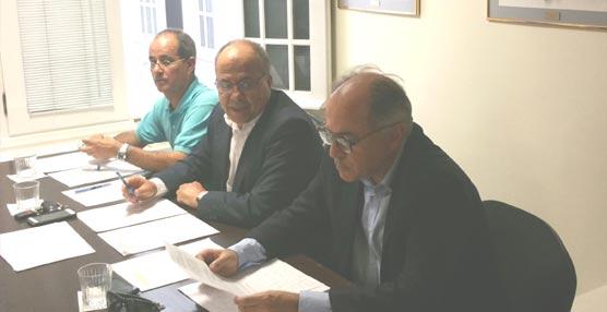 Juan Manuel Hernández , de Tenertrans SL, ha sido reelegido presidente de la Asociación de Transitarios de Tenerife