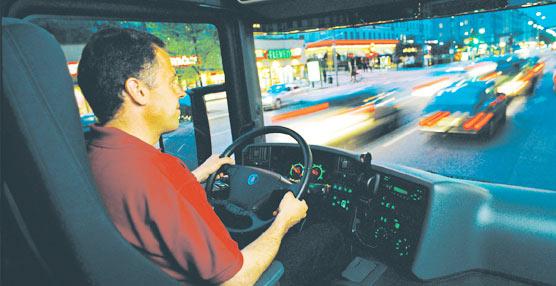 UGT reclama a la Seguridad Social disminuir la edad de jubilación de los conductores profesionales