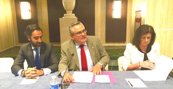 Carmen Librero, secretariageneral deTransporte,clausura la Asamblea General de la CETM