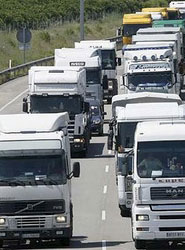 Los transportistas autónomos trasladan al Gobierno la necesidad de incrementar el límite de facturación