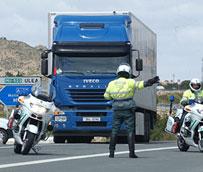 Los agentes de tráfico detectan, en una semana, a más de 3.000 personas viajando sin cinturón de seguridad