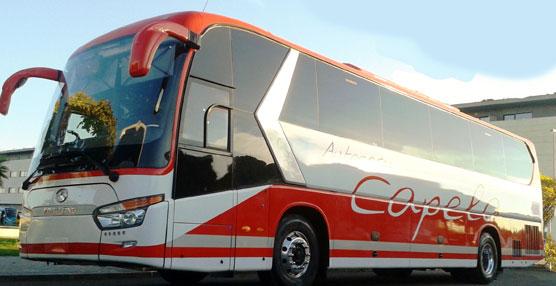 Autocares Capela incorpora a su flota un King Long C12 autoportante de 55 plazas
